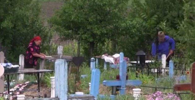 Descoperire șocantă în Iași. Un bărbat a fost găsit mort în dreptul unui mormânt
