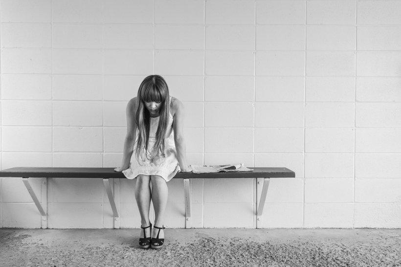 Noi studii arată că din ce în ce mai mulți copii și adolescenți se gândesc să își ia viața