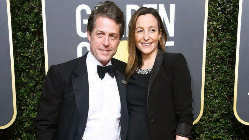 Nuntă ca-n povești pentru doi actori celebri! Hugh Grant și Anna Eberstein s-au căsătorit