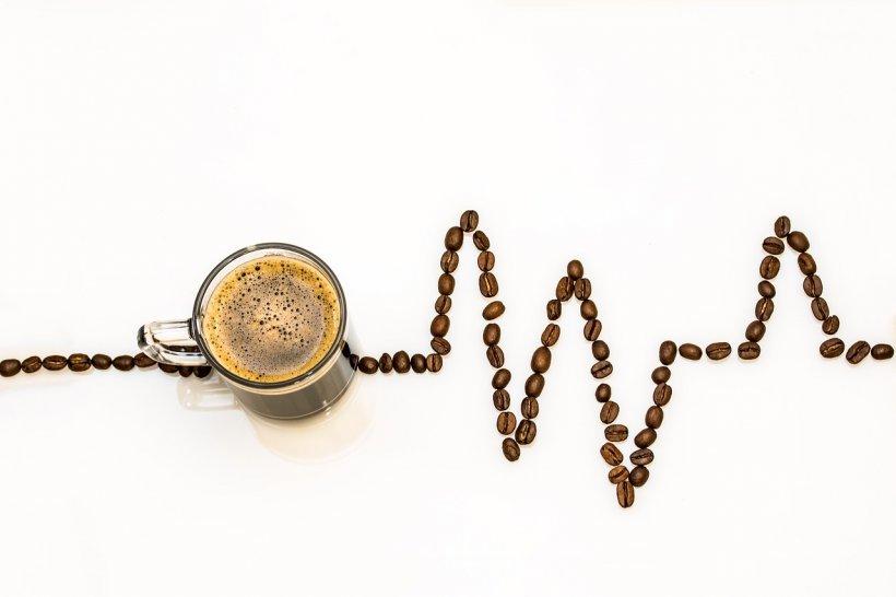 Șase feluri în care poți să îți faci cafeaua mai sănătoasă