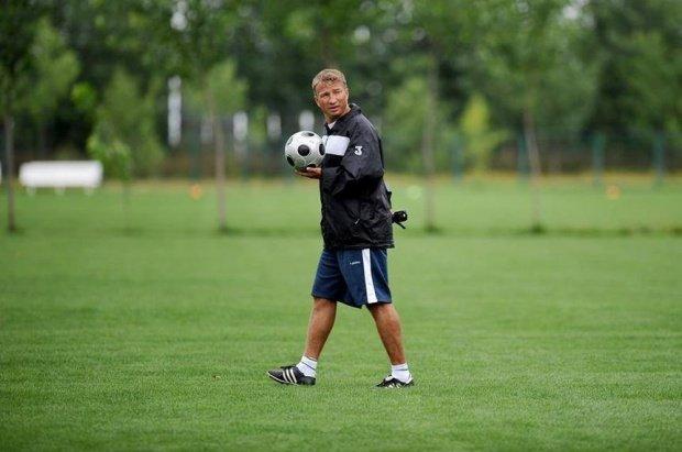 Dan Petrescu și-a reziliat contractul cu CFR Cluj
