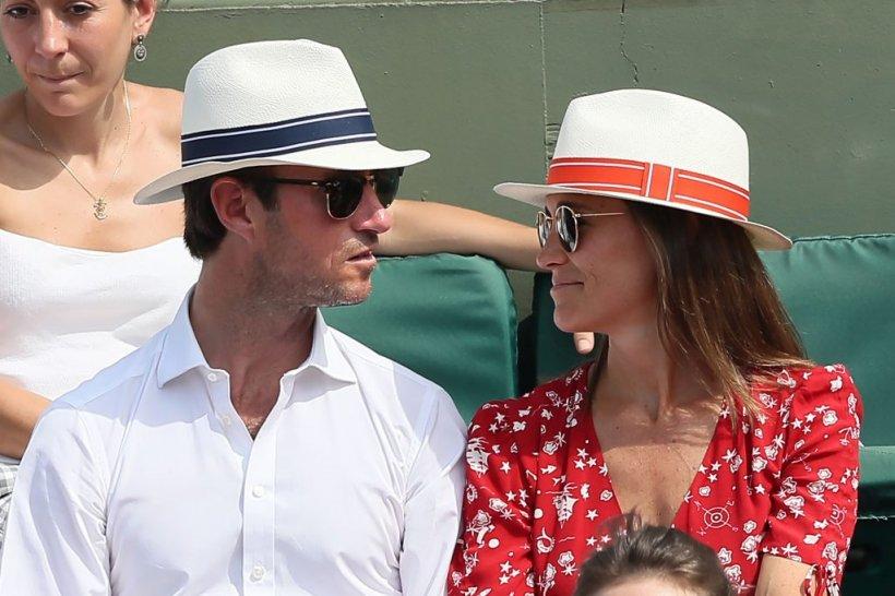 FOTO! Primele imagini cu Pippa Middleton gravida! Cum arata sora ducesei de Cambridge intr-o rochie care a dat-o de gol