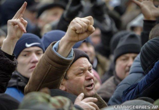 Mobilizare în organizaţiile PSD din ţară. Lider PSD Vaslui: Aducem 3.000 de oameni la Bucureşti