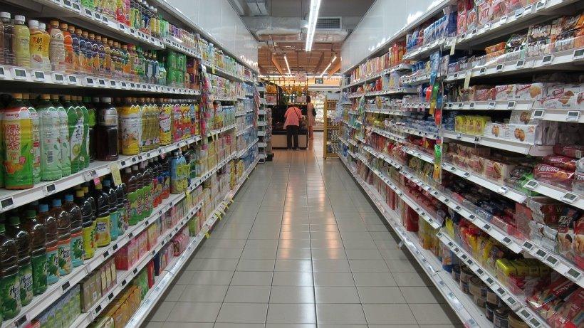 Ce trucuri folosesc magazinele pentru a ne face să cumpărăm mai mult