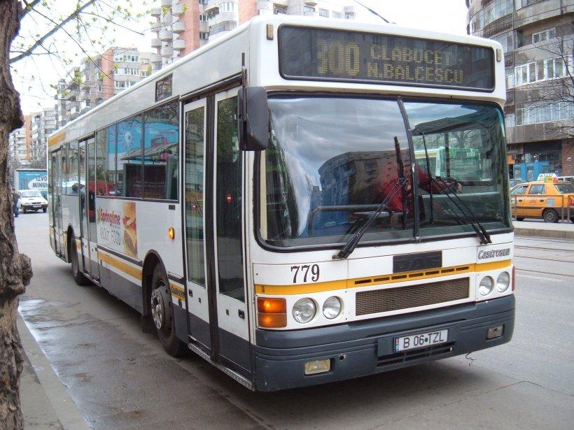 Ioana era în autobuzul 300, când a auzit o doamnă vorbind la telefon cu Marian. Când și-a dat seama de cine e vorba, a amuțit...