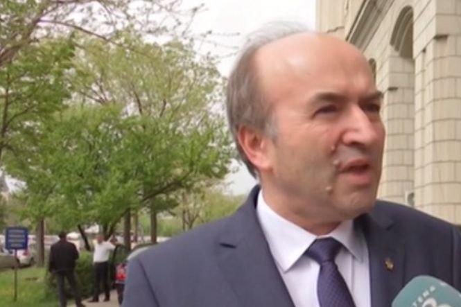 Mesajul lui Toader pentru Iohannis: Nu există decizie a CCR care să nu fie respectată de orice persoană