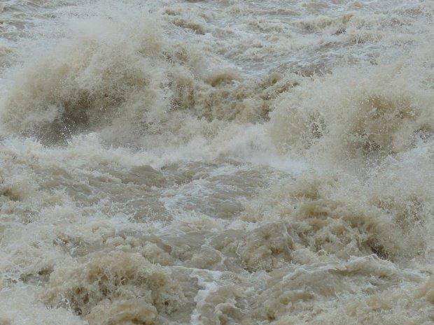 Avertisment de la hidrologi: Cod galben de inundaţii în mai multe județe