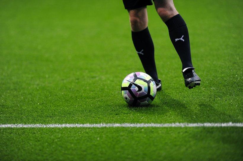 Mai mulți fotbalişti au petrecut cu prostituate, înainte de a pleca la Cupa Mondială
