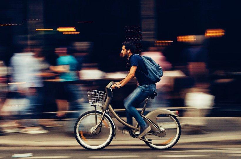 Veste extraordinară pentru plimbăreți! CGMB și-a dat acordul pentru implementarea celorlalte trei trasee de biciclete din Capitală