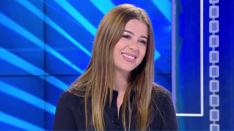 Eroina zilei: Adriana Preda, tânăra care le oferă şanse copiiilor din orfelinate