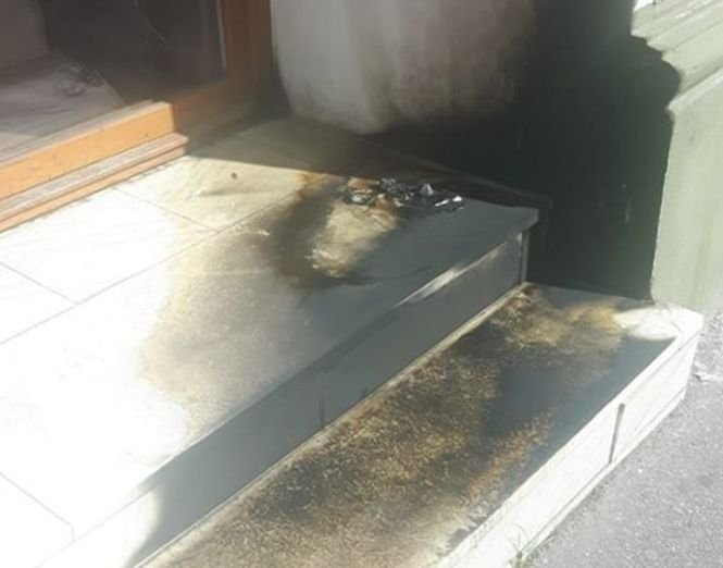 Sediul PSD din Satu Mare a fost atacat cu sticle incendiare 534