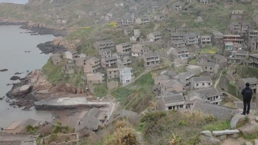 Satul-fantomă care a devenit atracţie turistică. Motivul pentru care toți locuitorii au ales să plece - VIDEO
