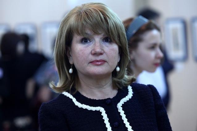 Maria Băsescu a dat lovitura la 65 de ani. Soția fostului președinte câștigă 1.000 de euro lunar