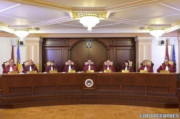 Opoziția a sesizat CCR cu privire la modificările Codului Penal