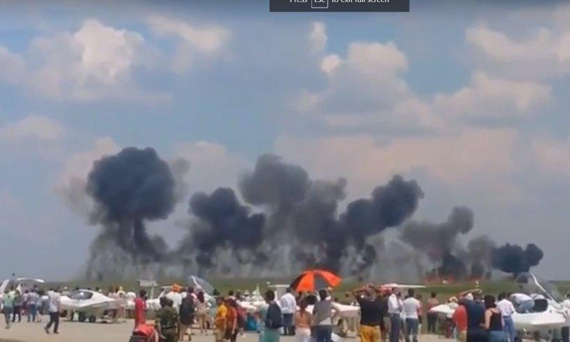 Așa arată avionul MIG 21 Lancer, după ce s-a prăbușit la baza aeriană Borcea - FOTO
