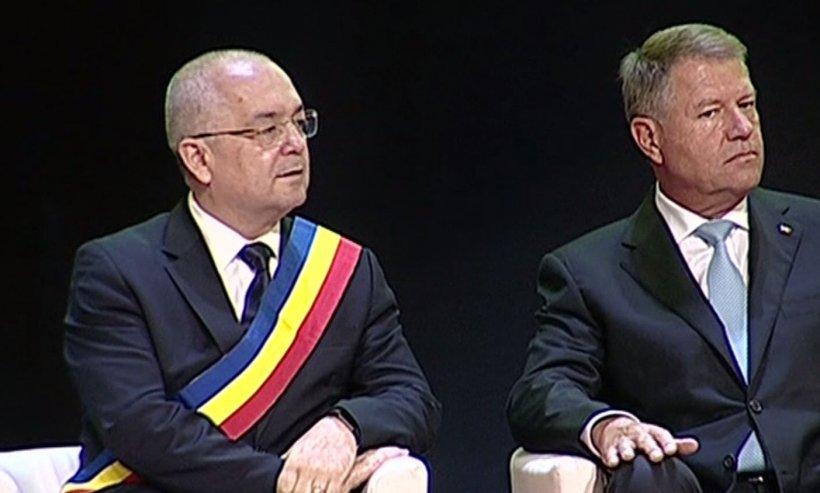 Iohannis încurajează olimpicii la matematică. Primele imagini de la Cluj