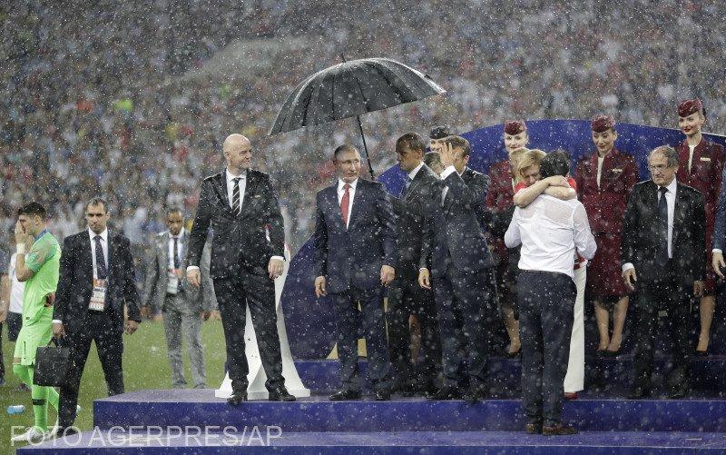 Gestul incredibil surprins în timpul festivității de premiere de la Cupa Mondială - VIDEO