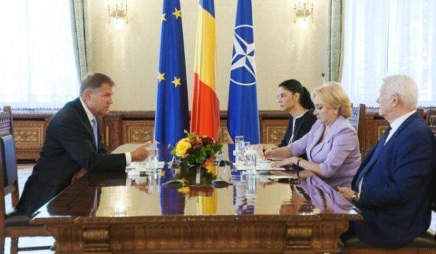 """Veste bombă: Bruxelles-ul face pace în """"războiul româno-român"""". Juncker, mediator între Iohannis și Dăncilă"""