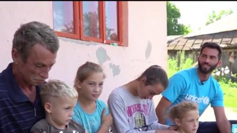 Horia Tecău, vizită emoţionantă la familiile sărace  - VIDEO
