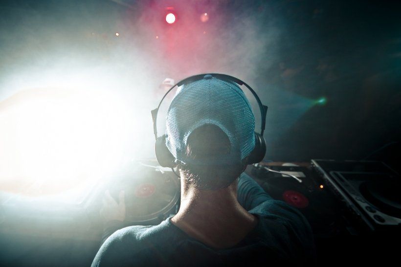 O mare bancă a numit un DJ în funcţia de director executiv