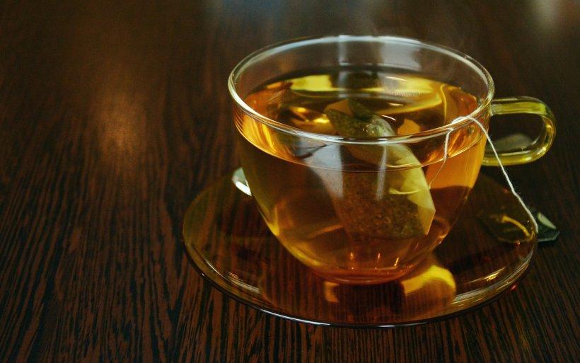 Toată lumea trebuie să bea acest ceai când este cald afară. Beneficiile sunt uimitoare