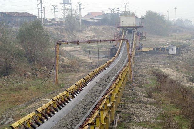 Un nou accident în minele din România. Doi răniți la mina Pinoasa