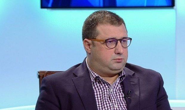 Daniel Dragomir, declaraţie dură la adresafostului ofiţer SRI Dumitru Dumbravă: Un hoţ între hoţi. Va ajunge la puşcărie
