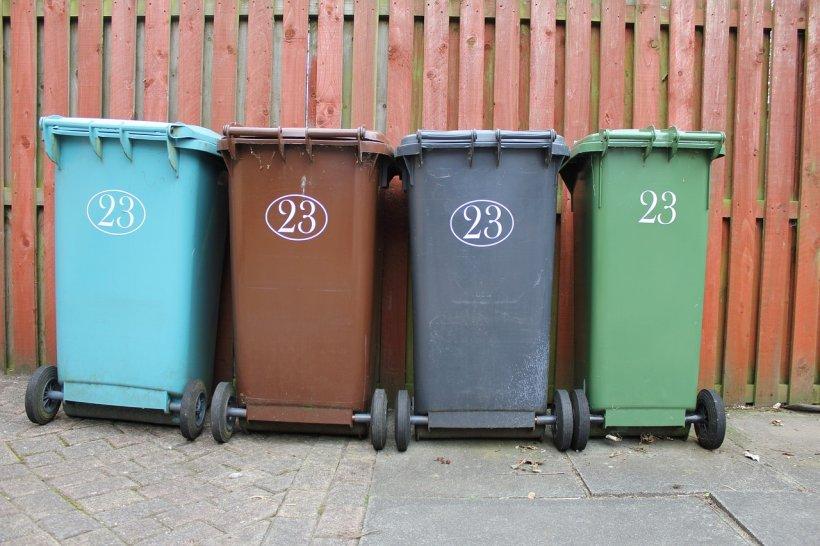 Avertisment pentru români! Se vor da amenzi pentru colectarea selectivă a gunoiului