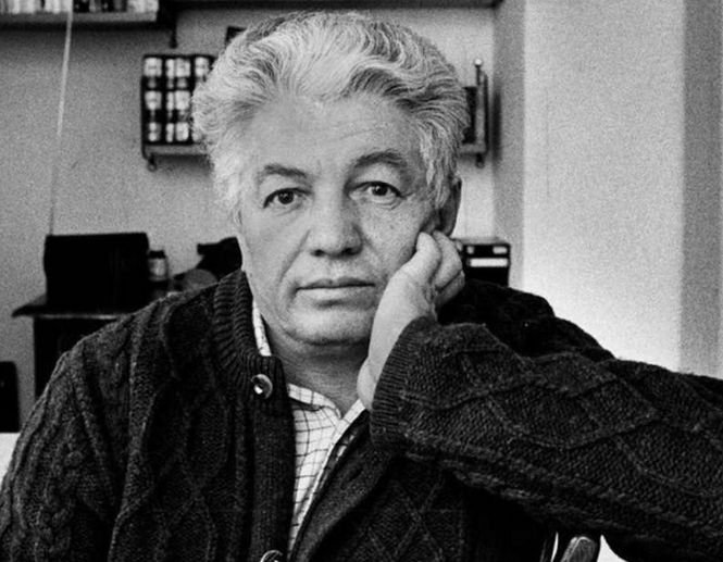 A murit marele scriitor rus Vladimir Voinovici