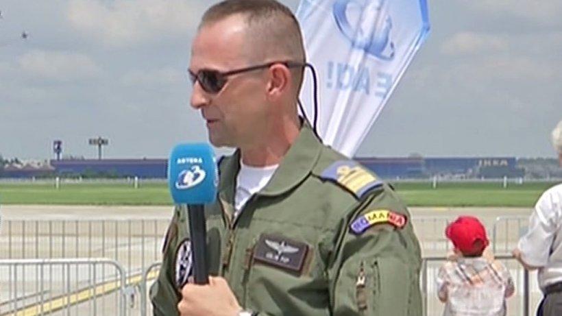"""Spectacol aerian în București. Pilotul Călin Pop: """"Totul este foarte bine calculat. Orice eroare poate fi fatală"""""""
