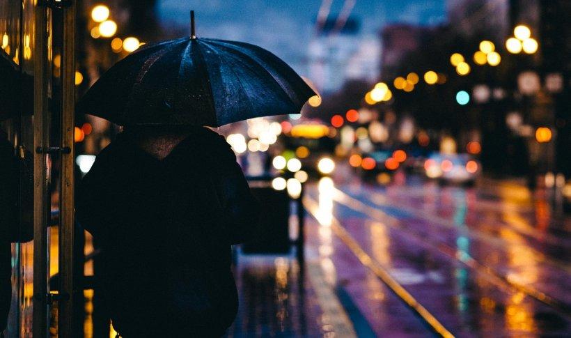VREMEA pentru duminică. Prognoza meteo anunță ploi în mare parte a țării