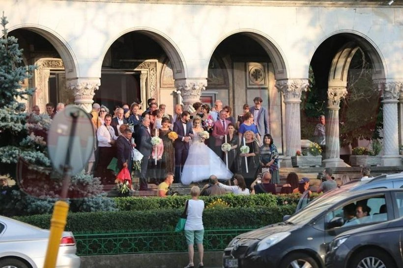 """Singurele imagini de la nunta fiicei Irinei Loghin. Mireasa a strălucit, iar """"Regina"""" muzicii populare a radiat de fericire"""