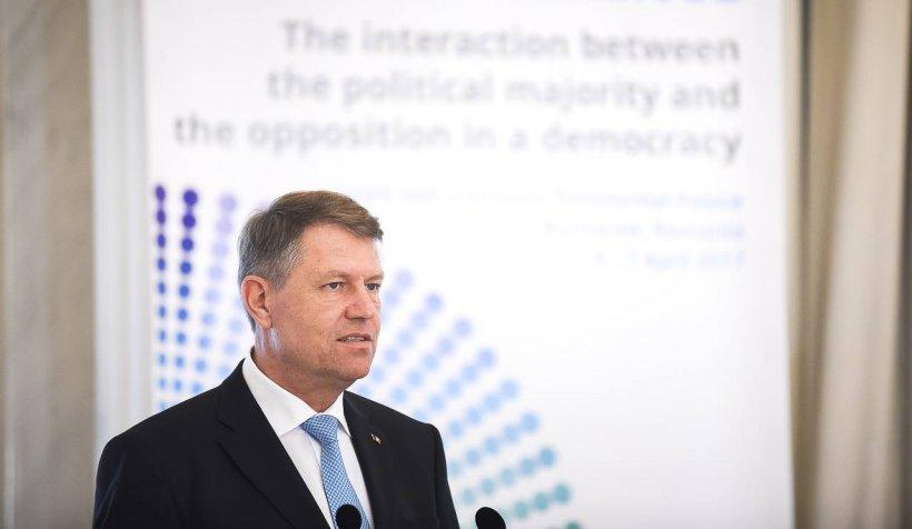 Preşedintele Iohannis a sesizat CCR în legătură cu Legea privind Codul administrativ