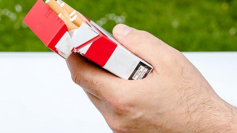România, din nou în topul rușinii. Are a cincea cea mai mare piaţă de contrabandă de ţigări din Europa