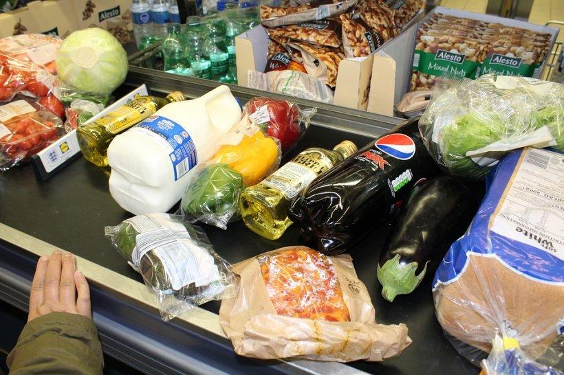 Prețul acestor produse a explodat în ultima lună. Ce alimente sunt în topul scumpirilor