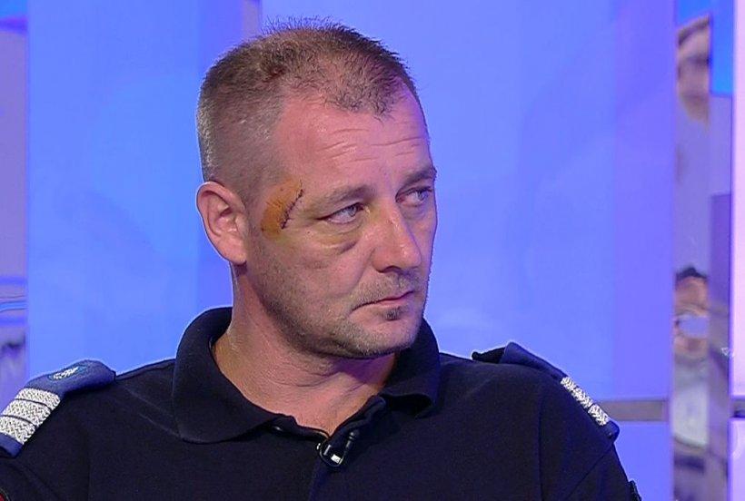 Jandarmul rănit la protestele din Piața Victoriei, mărturie cu ochii în lacrimi: Aruncau cu tot felul de obiecte. Abia puteai să te ferești
