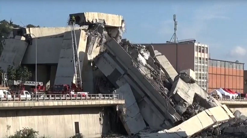 MAE: Un român a murit după prăbuşirea segmentului suspendat de autostradă în Italia, în apropiere de Genova