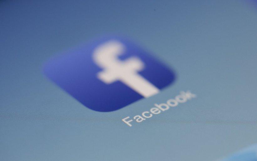 Facebook, acuzat de discriminare de un minister din Statele Unite