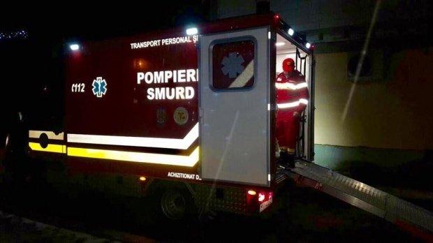 Un bărbat din Neamț a luat foc în timp ce își repara mașina în garaj