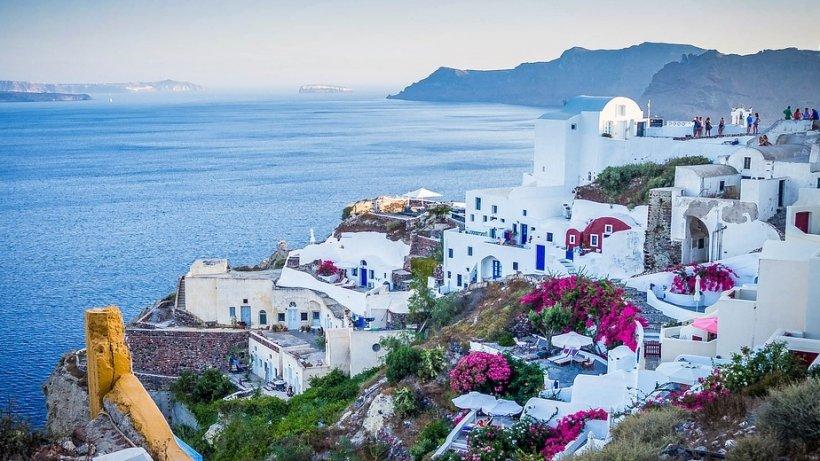 Avertisment pentru românii care își petrec vacanța în Grecia