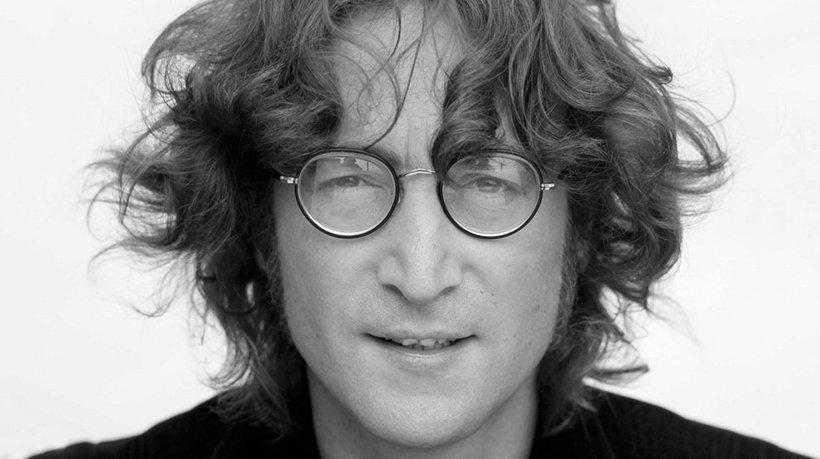 Cum arată ucigaşul lui John Lennon, la 38 de ani de la oribila crimă