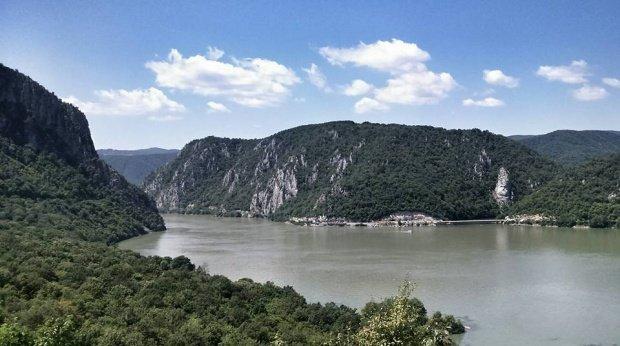 Două tinere au dispărut în apele Dunării. Căutările ISU, zadarnice