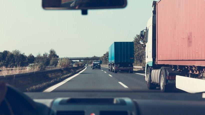 Ministerul Transporturilor, desprescumpirea rovinietei: Tarifele se armonizează cu cele europene