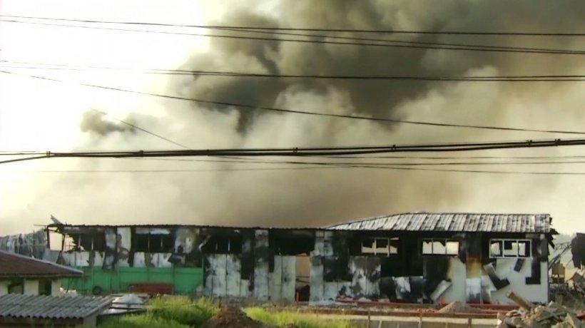 Incendiu puternic la o fabrică din judeţul Ialomiţa - VIDEO