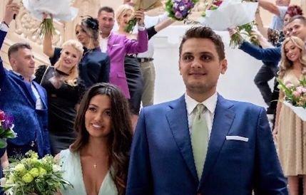 Primele imagini de la nunta fiului lui Liviu Dragnea. Cine se numără printre invitați