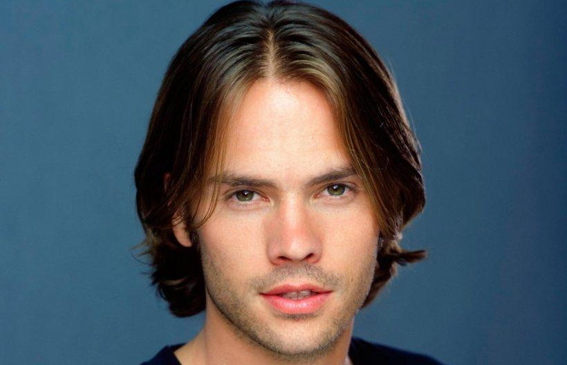 """Îl mai știi pe acest actor din """"Al 7-lea cer""""? Iată cum arată în prezent! Au trecut 10 ani de la terminarea filmarilor iar acum el este aproape de nerecunoscut!"""