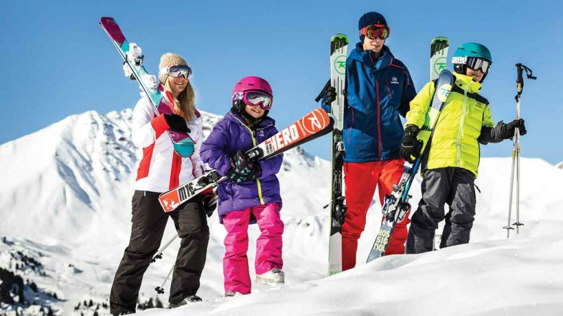 Abia astepti sa incepi cursurile de ski? Nu uita de echipament! (P)