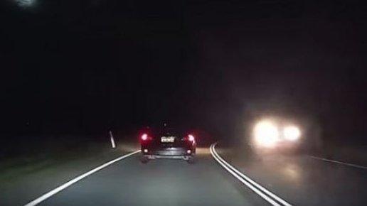 Un meteorit a căzut pe Pământ! Oameni s-au panicat și au sunat la numărul de urgență. Totul a fost filmat - VIDEO