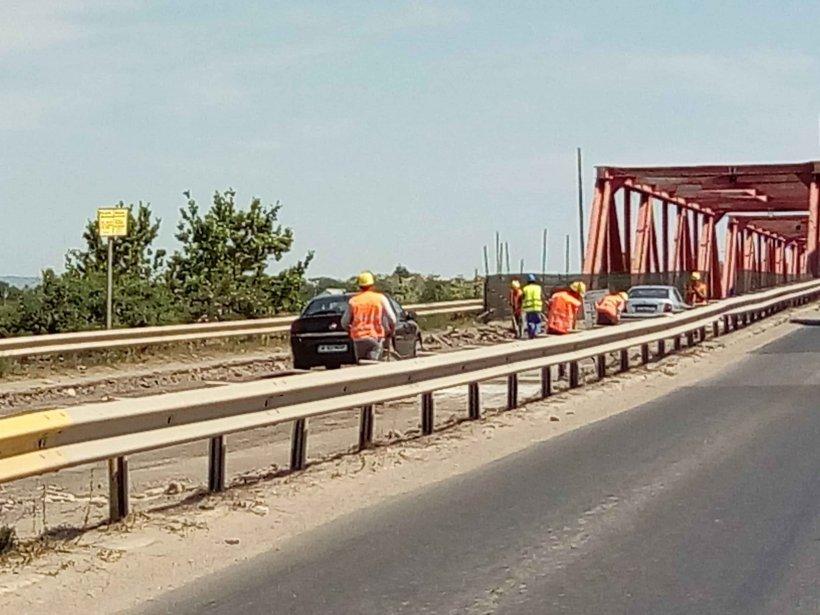 Se redeschide podul de la Mărăcineni