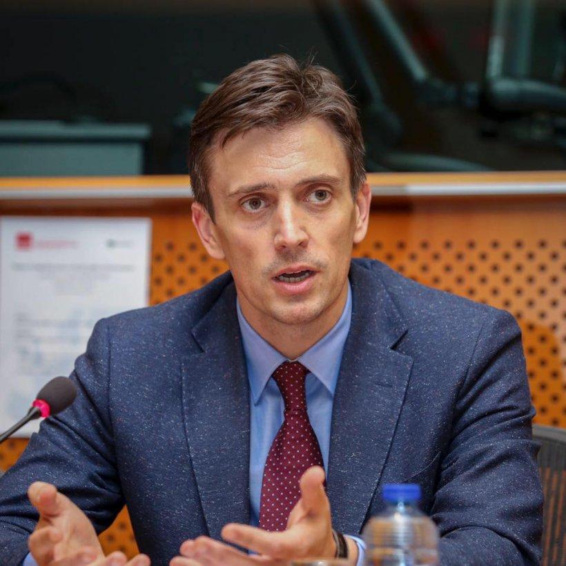 """Europarlamentar, reacție durădupă scrisoarea anti-Dragnea: """"Reglare de conturi între două grupări de interese"""""""